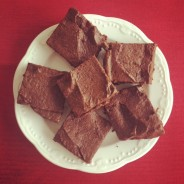How to make a Healthy & Allergy-Free Vday brownie that's bowl licking good